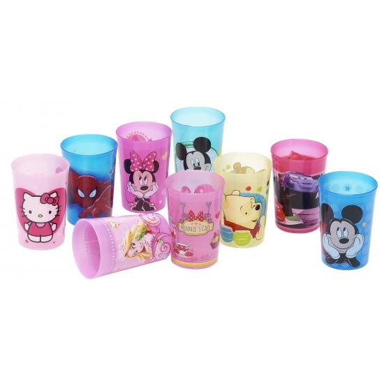 Hello kitty beker van plastic. deze roze plastic beker met vrolijke plaatjes van hello kitty heeft een ...