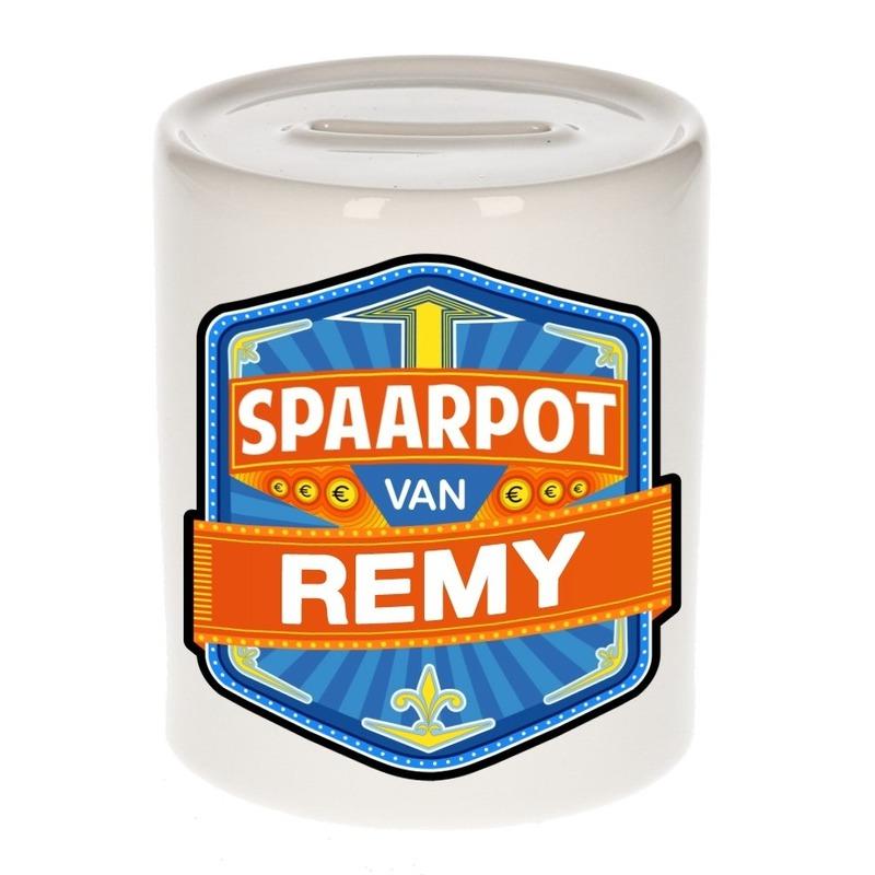 Kinder cadeau spaarpot voor een Remy