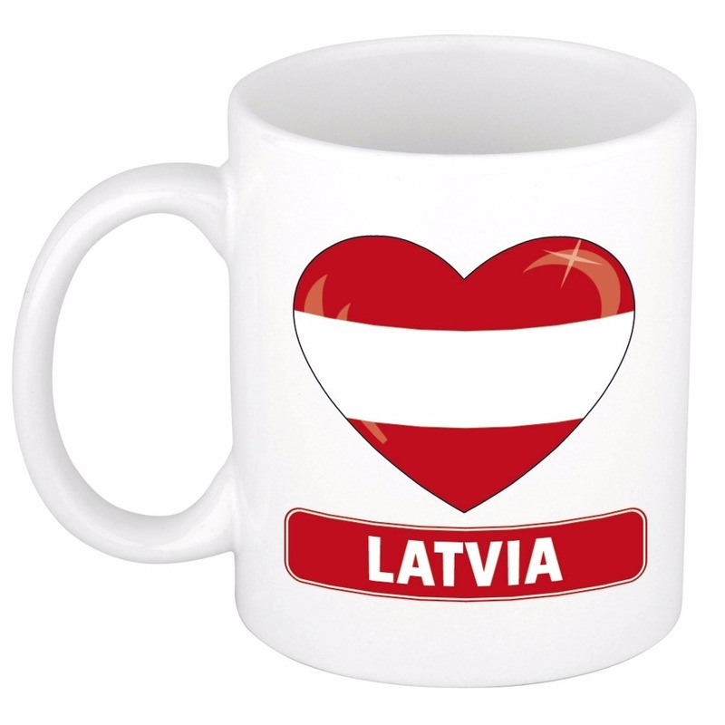 Letlandse vlag hartje koffiemok 300 ml