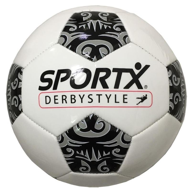 Voetbal met tribal vlakken 22 cm / kunstgrasbal en veldvoetbal